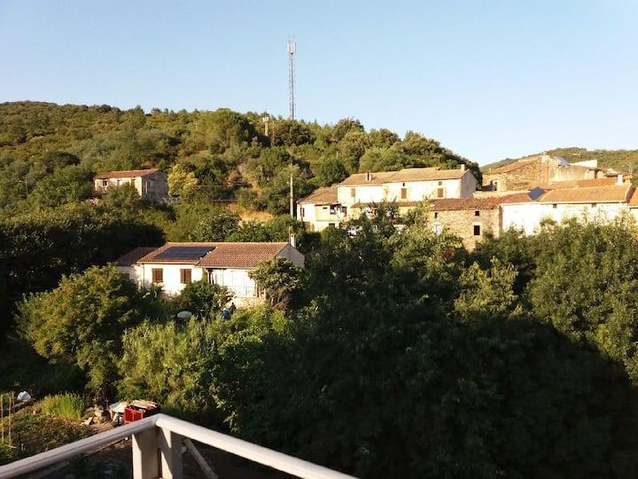 Appartement de charme St Nazaire de Ladarez