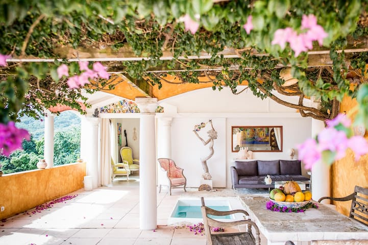 Villa Rea Hanaa - Maestro Apartment