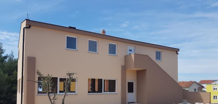 Apartment Mate2
