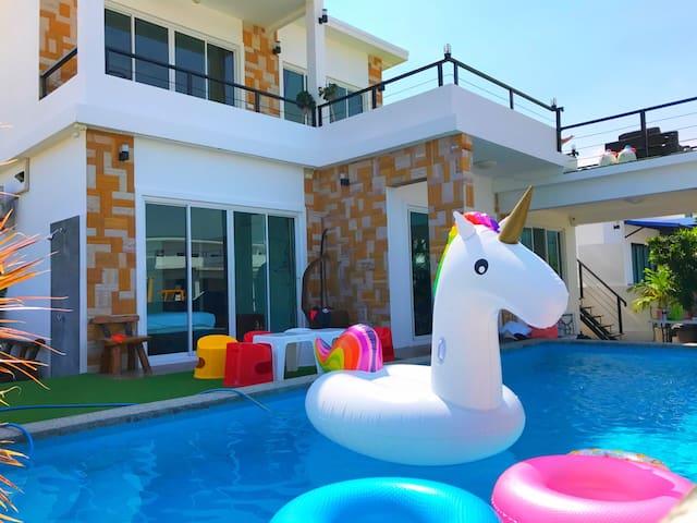 4BR - Noony Hip HuaHin Pool Villa - Tambon Hua Hin - Casa