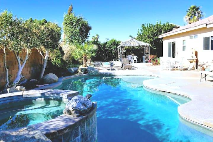 Fabulous  Pool house near Coachella  festivals