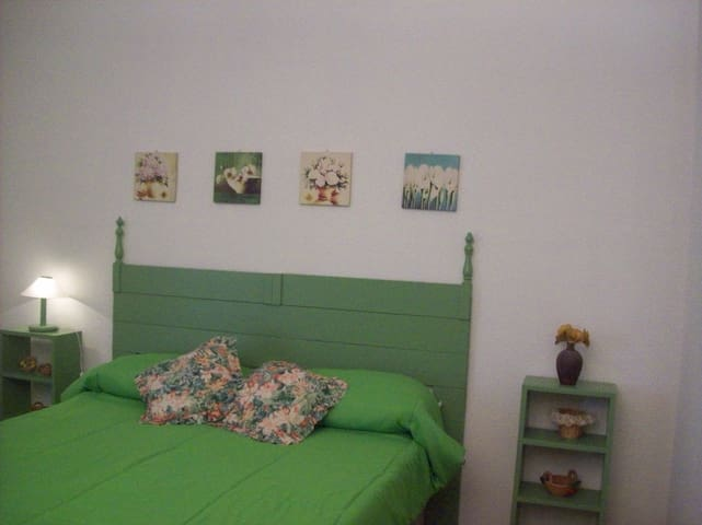 "Apartment in villa with garden ""da Lillo"" - Palermo - Apartamento"