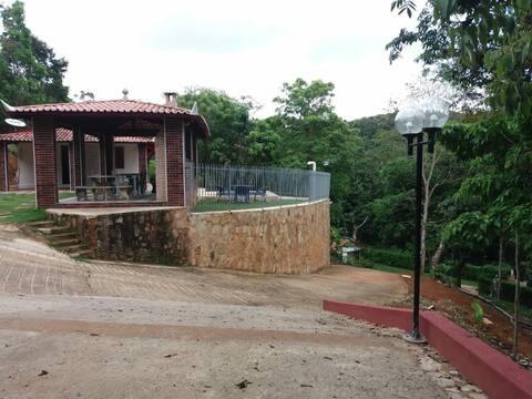 Entire house near Guaramiranga 16 people
