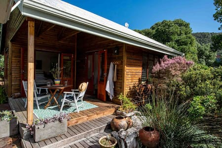 Lovely light & spacious cottage in Natures Valley