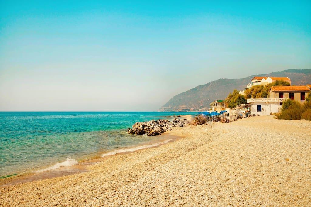 Mytilini Beachfront Villas Sleep 4 with pool