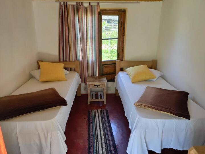 Preciosa habitación en acogedor hostal en Valizas