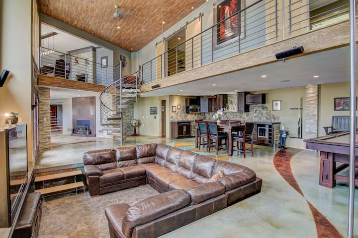 Amazing Home - Close to MSP and MOA