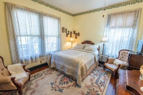The New Room - River Park Inn