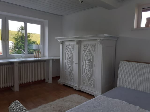Schlafzimmer 2, Bett 1,40m