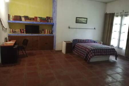 Alojamiento privado  en casa a 7 min de Tapachula