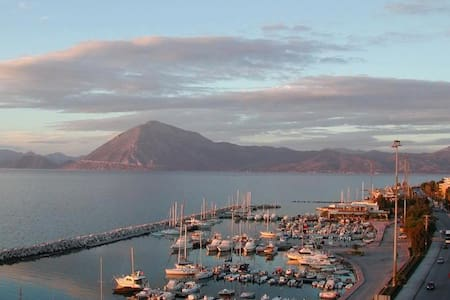 Unlimited Sea view stylish flat - Patras