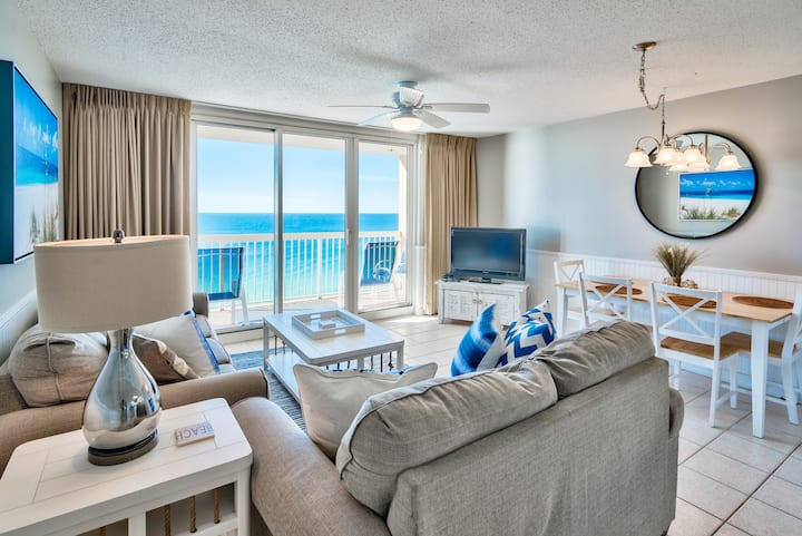 Majestic Ocean Views, Oceanfront Condo, Renovated