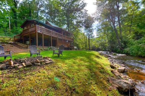 Cute Cabin on the Creek near Dillsboro