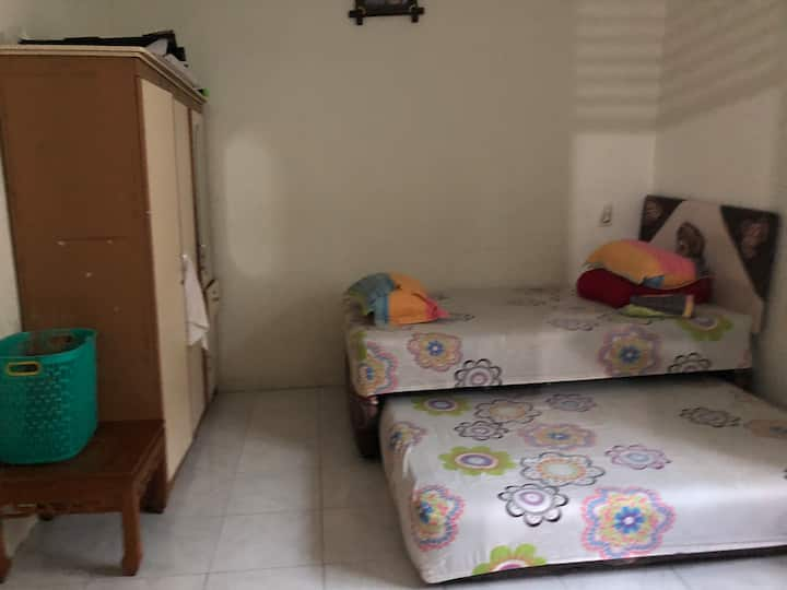 Comfy room near Mall Ciputra