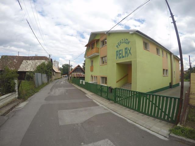 Penzion Relax v obci Kováčová pri Zvolene - Kováčová - ที่พักพร้อมอาหารเช้า