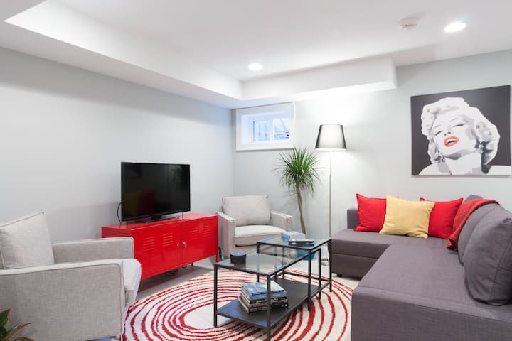Stunning Apartment in Bloomingdale
