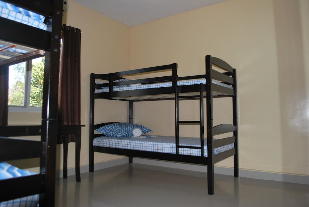 Bunkbeds...Free Wi-fi included...