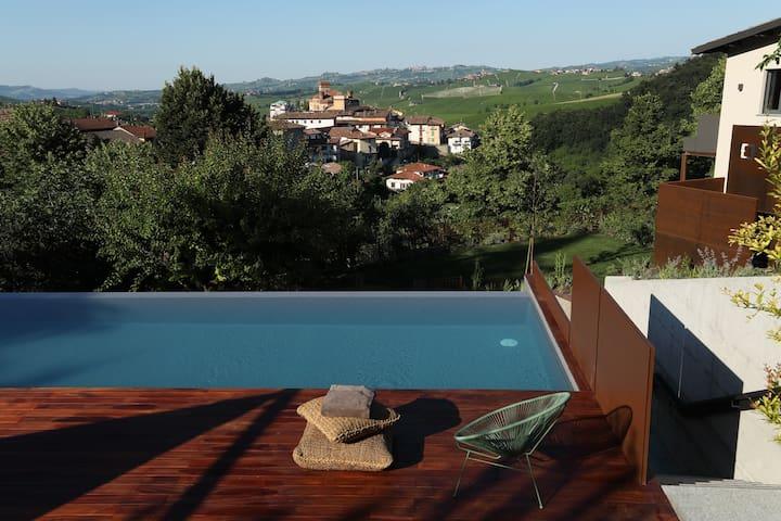 Villa Carla_Barolo: ROCCHEdiCASTIGLIONEsuite