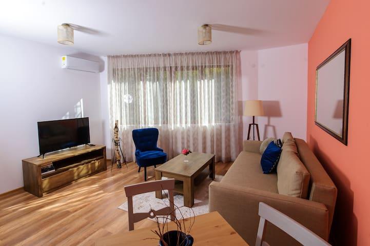 Rebus Apartments-modern design in quiet park area