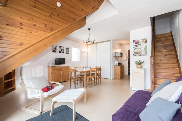 LOCATION APPARTEMENT WIFI SAINT LARY SOULAN / TYPE 2 DUPLEX /4 PLACES/QUARTIER THERMAL/