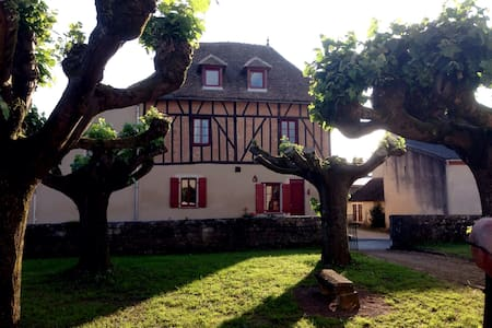 Jan's Place in Burgundy- Blue Room - Écuelles - Bed & Breakfast