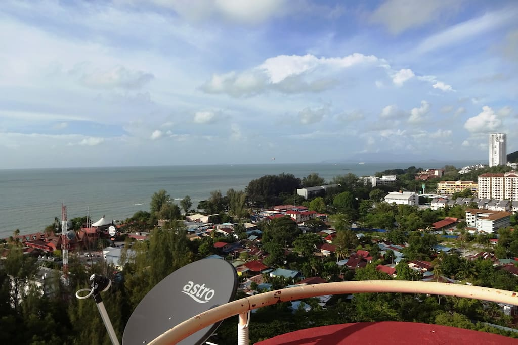 Another beautiful view from the balcony. Ferringhi beach and the night market are a walking distance from the condo.