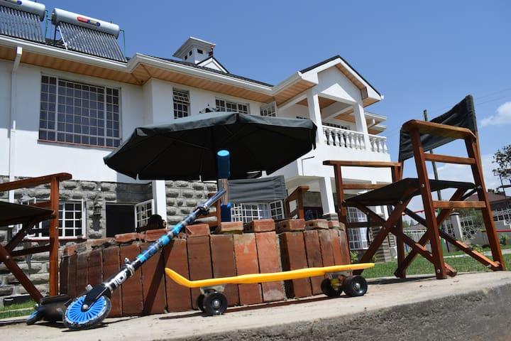 Yard Valley Manor,Naivasha