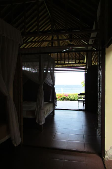 Spacious room with good ventilation from the ocean breeze