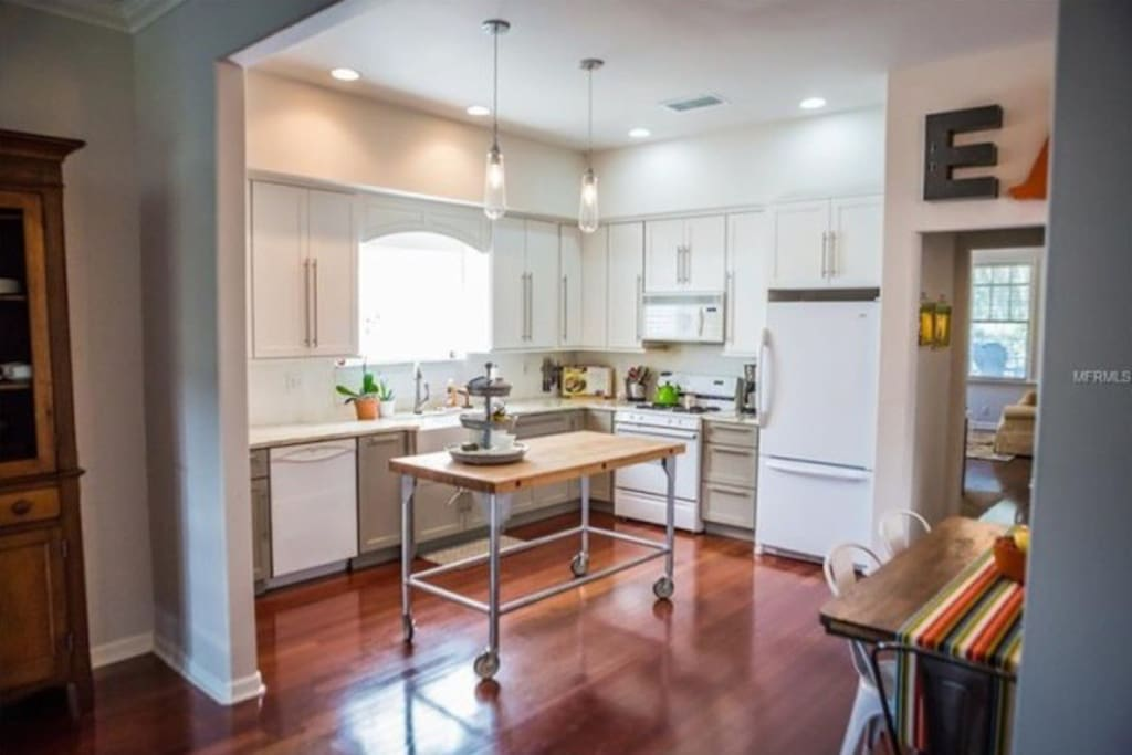 Open Concept Eat in Kitchen connected to Family Room.