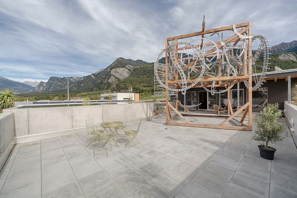 200m2 grosse Sonnenterrasse zur  freien Benützung