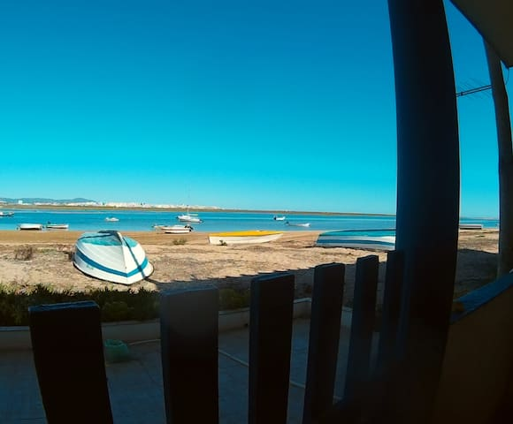 Double room in Faro beach in typical local house