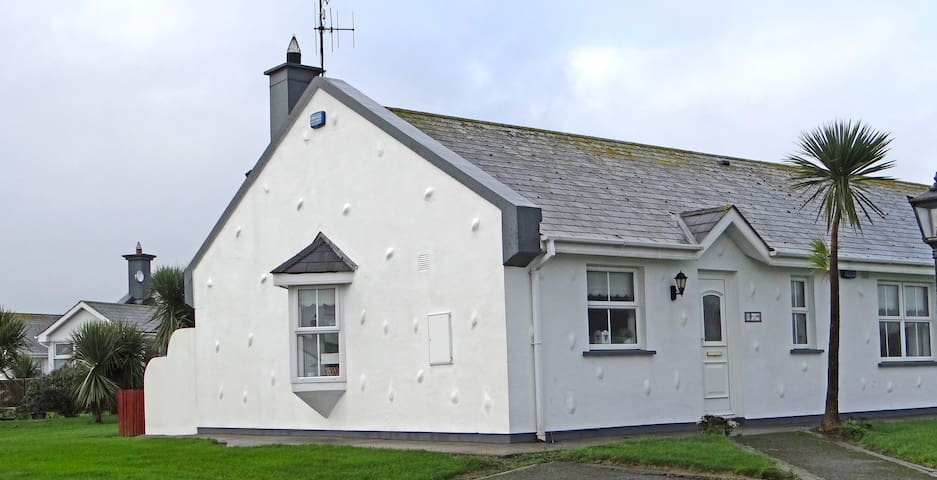 Seaside Cottage in Sunny Rosslare - Rosslare Harbour - Rumah