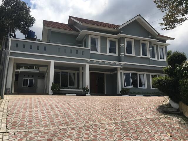Villa Alwaha