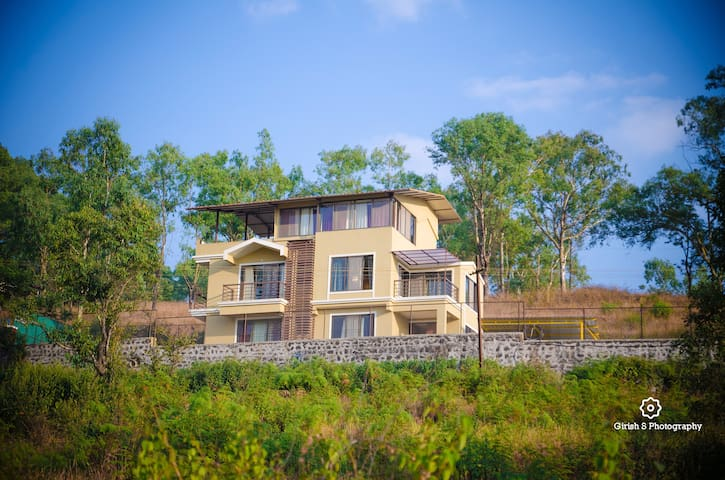 West Valley Villa ,Mahabaleshwar road