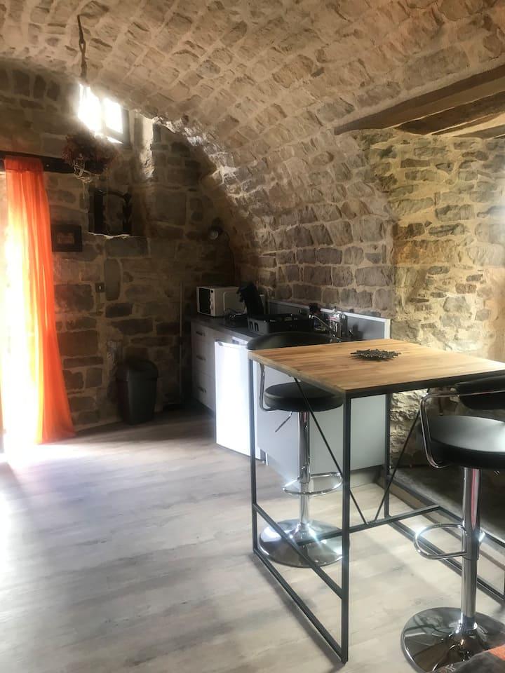 Studio cité médiévale.