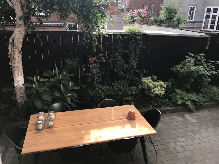 Outside back yard - direct exit from the apartment