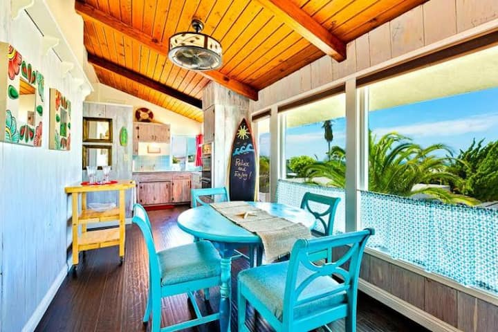 20% OFF SEP - Beach Cottage w/ Peek-a-Boo Ocean View, Walk to Water + A/C