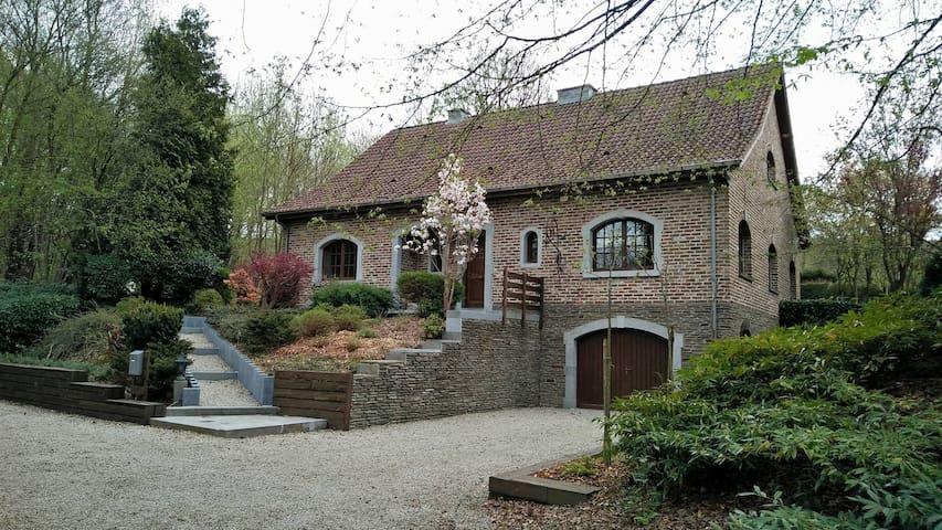 Villa Sous-Bois Marie - Spa - Villa