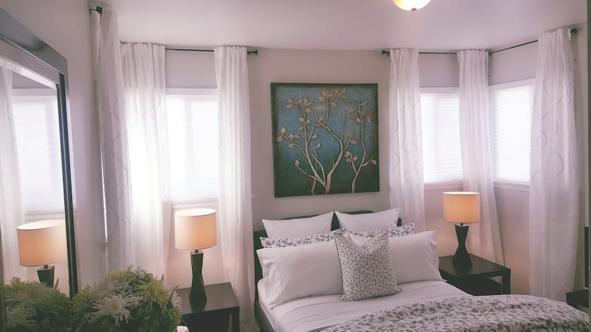 Cozy Room Close To Downtown LA