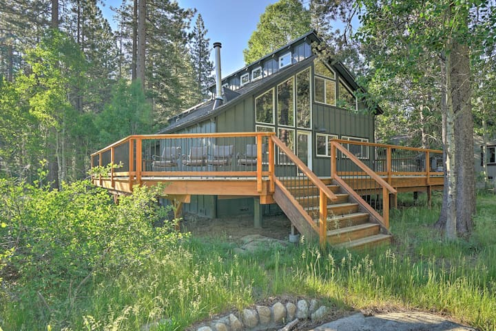 Lodge-Style South Lake Tahoe Home w/Forest Views!