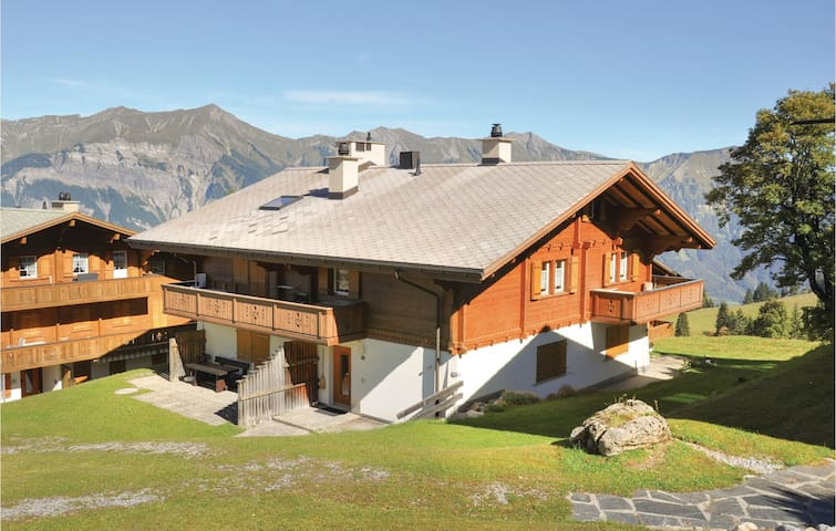 Holiday apartment with 2 bedrooms on 70m² in Axalp ob Brienz