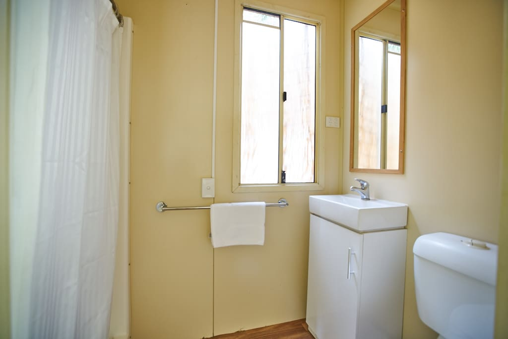 Tallow Cottage Bathroom