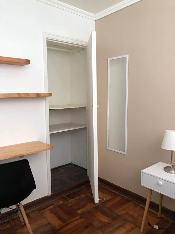 Habitación baño privado en Plan de Valparaíso