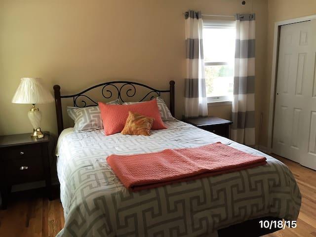Gaithersburg Master bedroom by NIST