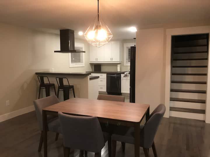 Cozy / Spacious Appartment + Loft + Office