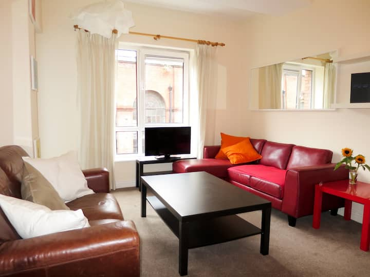 Stay in the heart of the historic Dublin district!