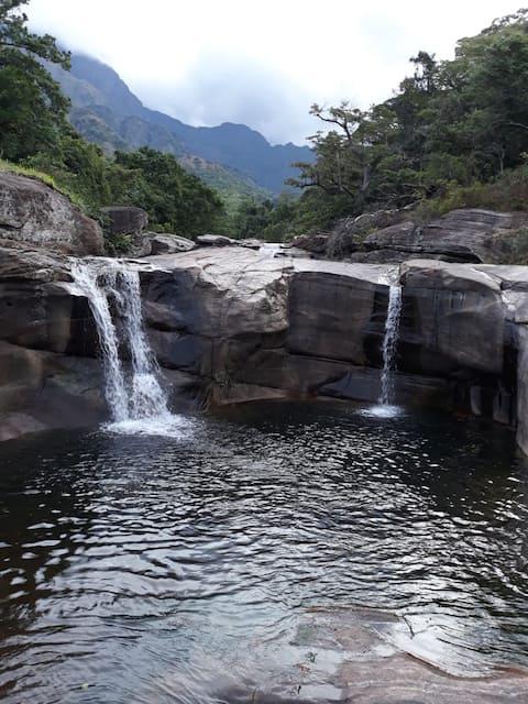 Meemure Muthusanda Resort