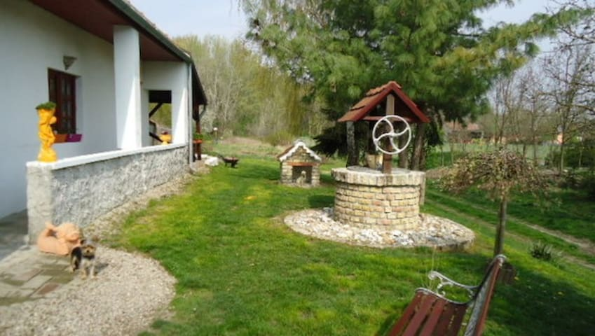 Hungary - Vámosszabadi - Cottage
