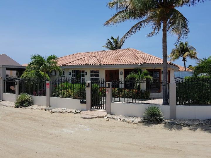 Aruba custom vacation Villa