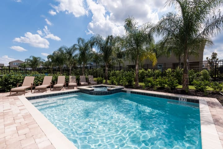 EC035- 8 Bedroom Villa With Private Pool Deck - Kissimmee - Rumah